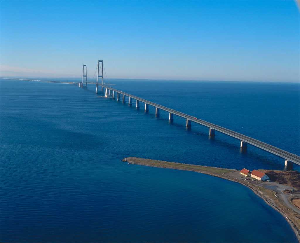 Oresund Bridge, Denmark and Sweden