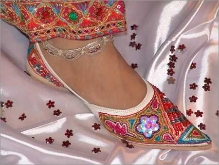 ethnic indian mojari jutti footwear  footwear