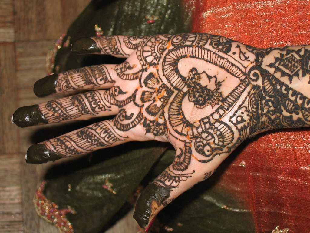 Mehndi Hand Image : Top arabic mehndi designs for hands hand
