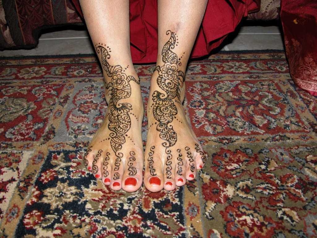 top pakistani mehndi designs for feet   pakistani foot