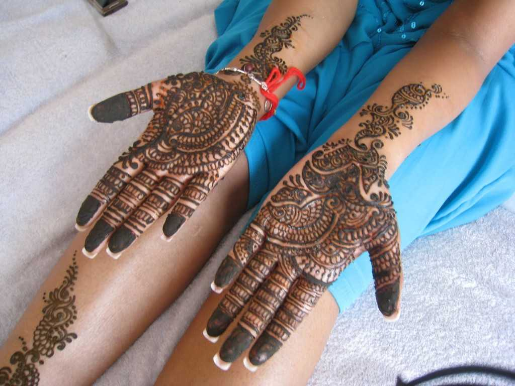 Mehndi For Thin Hands : Indian mehndi designs for hands hand