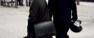 Louis-vuitton-mens-handbags