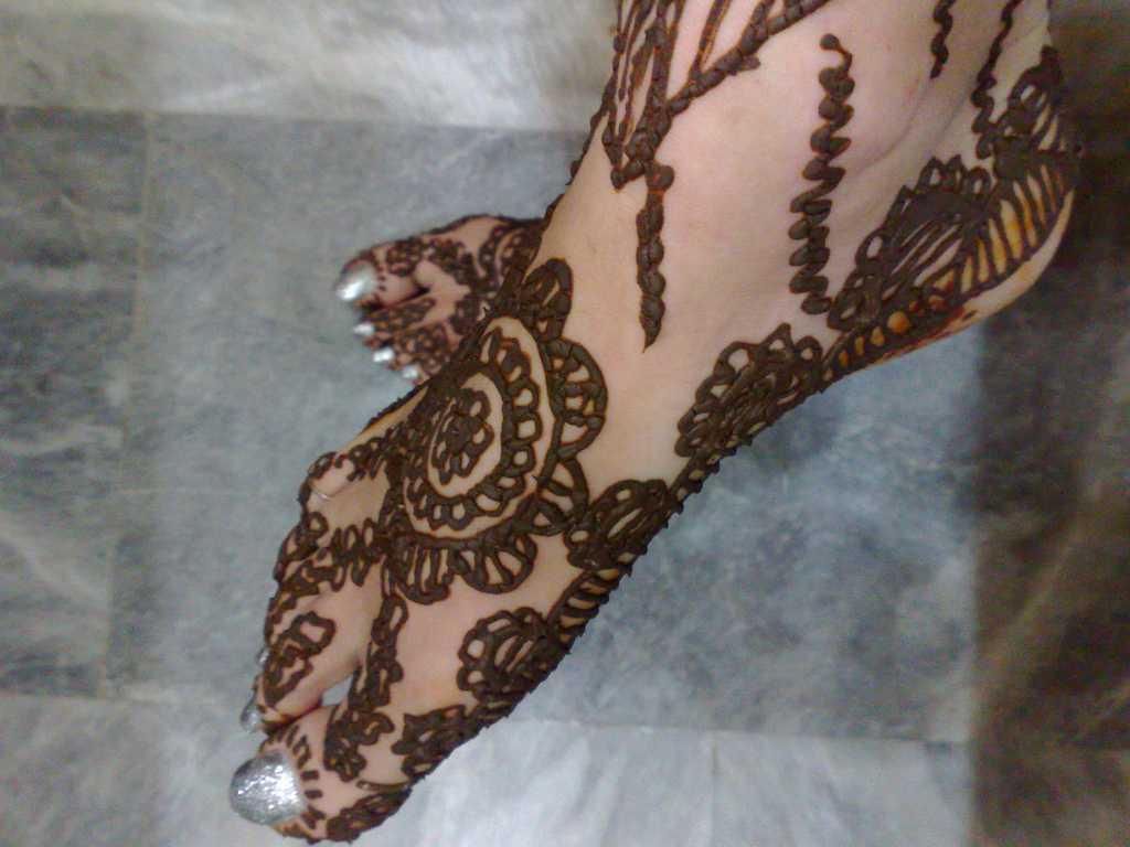 Mehndi Wallpapers Feet : Top pakistani mehndi designs for feet foot henna