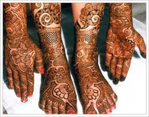 Top Indian Mehndi Designs For Feet