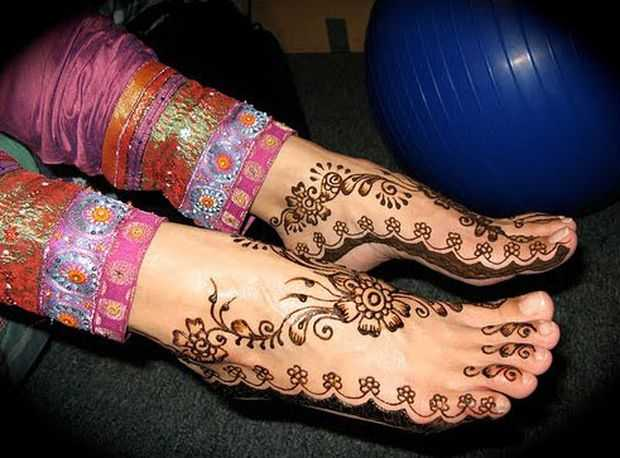 Easy Feet Mehndi Designs : Top indian mehndi designs for feet henna