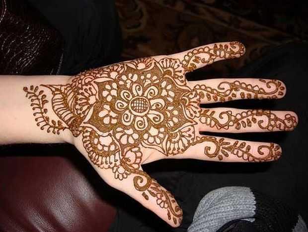 Mehndi Patterns For Little Girls : Mehndi designs for young girls hand henna kids