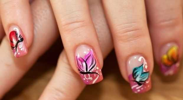 nail art designs images butterfly