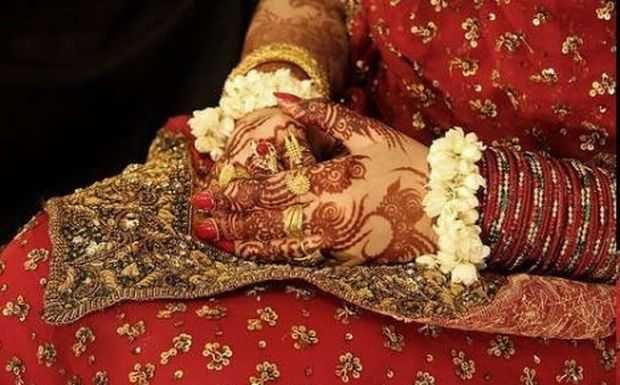 traditional -bridal -mehndi-deisgns-12