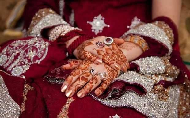 traditional -bridal -mehndi-deisgns-4