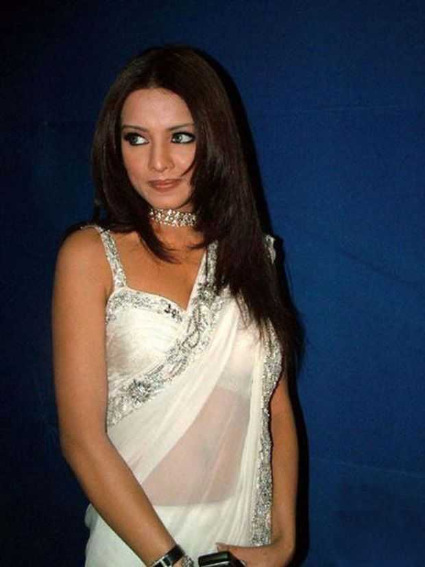 celebrity-Saree-Blouse-Designs-2011-5