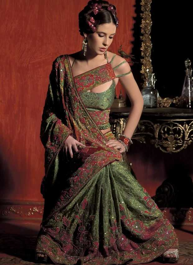 saree-blouse-design-3