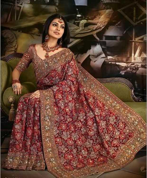 7e50e26cab Stylish & Innovative Indian Bridal Saree Designs - Bridal Wear