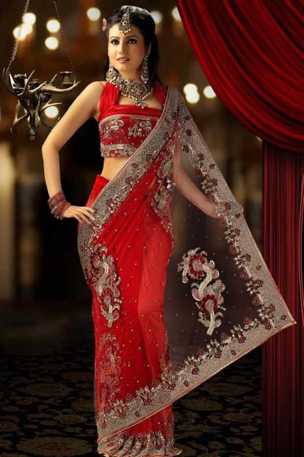 Stylish & Innovative Indian Bridal Saree Designs