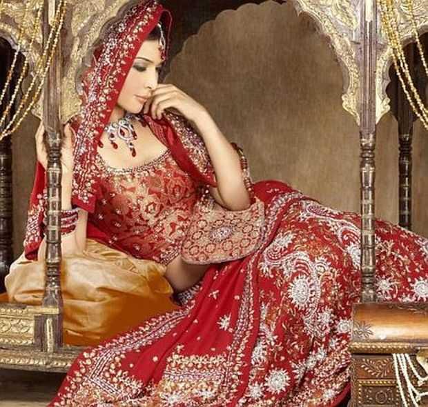 Indian Wedding Dresses: Indian Wedding Dressing Styles