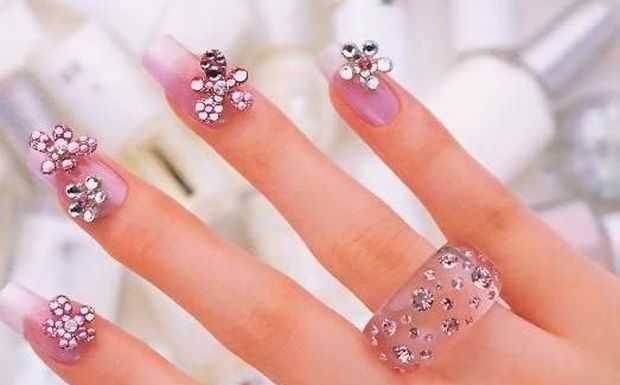Nail-Art designs with -Rhinestones-10