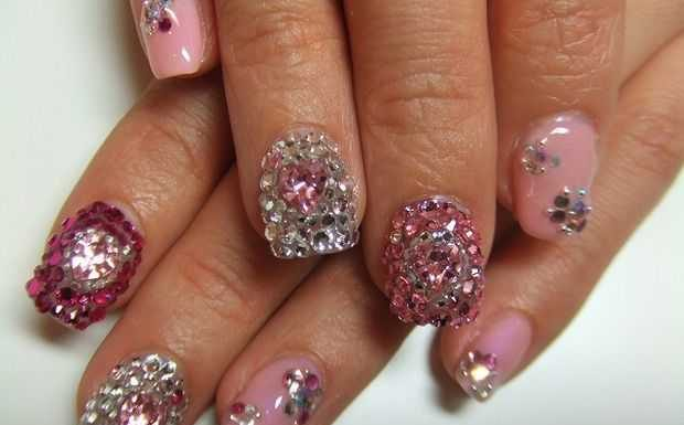 Nail-Art designs with -Rhinestones-11