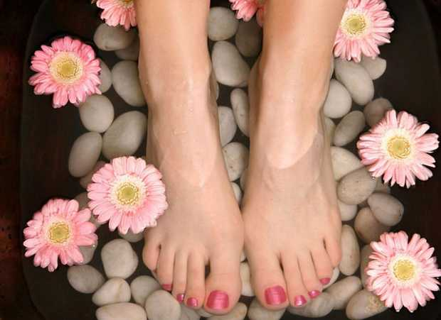 Beautiful Healthy & Attactive Feet