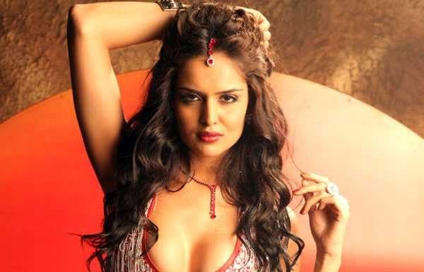 Nathalia-Kaur-photo-gallery-2