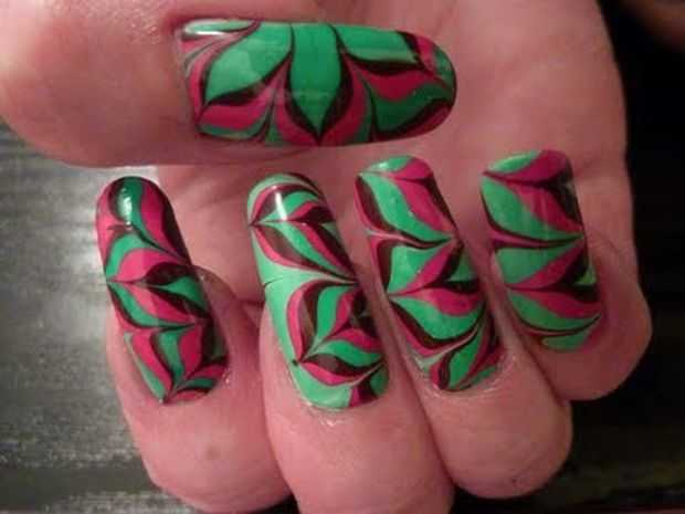 Retro Magnetic Flower Nail Art 2
