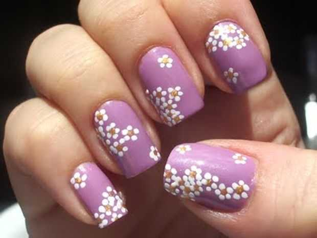 Retro Magnetic Flower Nail Art