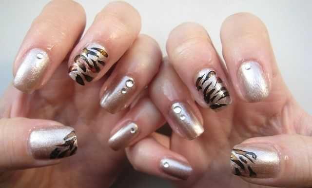 stylish-meow-nails-11