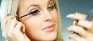 women-3-minute-makeup-300x199