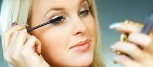 women-3-minute-makeup-300x199