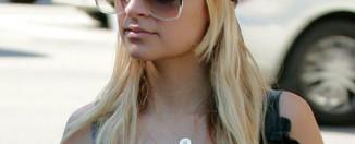 Nicole-Richie-vintage-designer-sunglasses