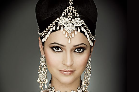 Indian Bridal Jewellery Designs Are All About Elegance Volume And Unique Shapes If You Looking For Captivating Glazes