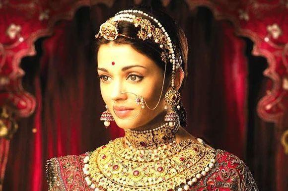 antique-indian-bridal-jewellery-designs