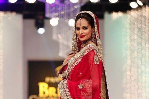 Latest-Trend-of-Bridal-Dresses-