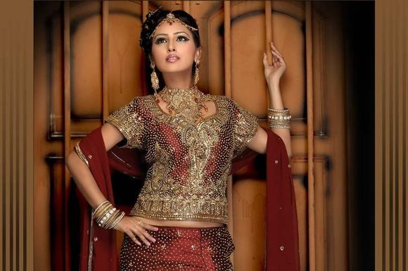 Latest-indian-Bridal-Wear-Collections-2012-9