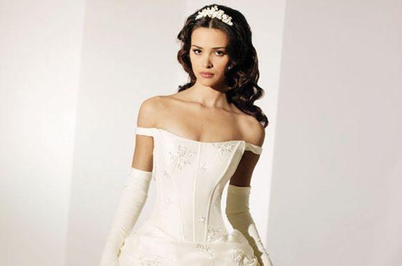 Stylish-Wedding-Gowns-weddimg-dress-5