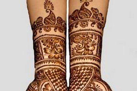 arabic-hand-mehndi-designs-for-navratari