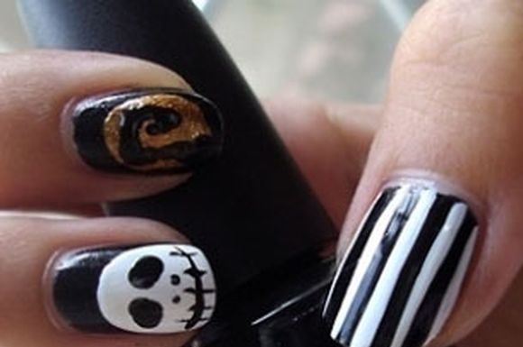 skeleton-nail-art-9
