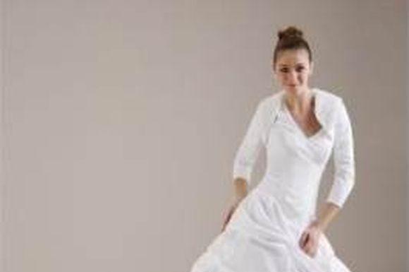 winter-wedding-gowns-7