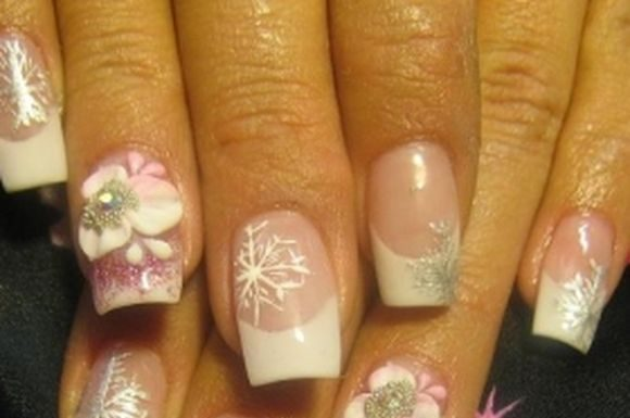 snowflakes-nail-art-ideas-2