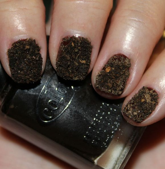 Potting-Soil-Nail-art