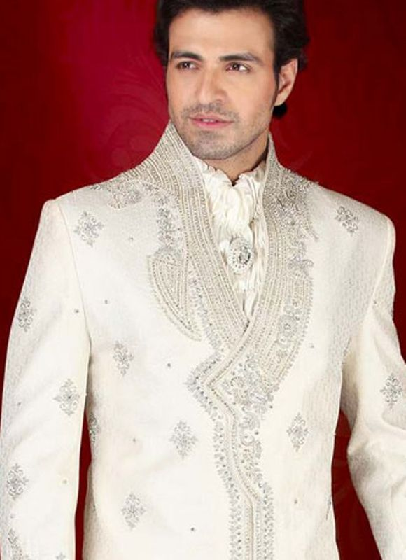 indian-men-sherwani-trends-2012-7