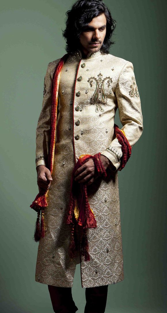 indian-men-sherwani-trends-2012-9