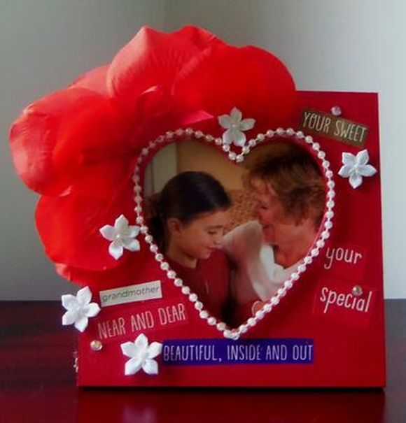 handmade-valentine-photo-frame