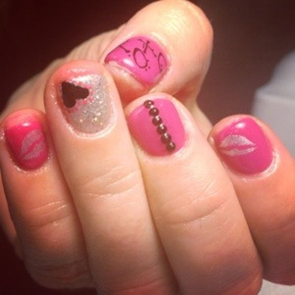 Valentine Nail Art Trends 2013 - Valentine Nail Art Design Ideas 2014