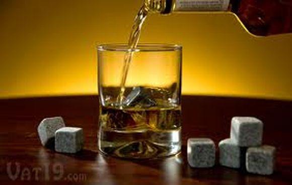 whiskey-stone-valentine-gift