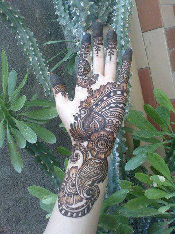 full-hand -arabic-mehndi-designs-9