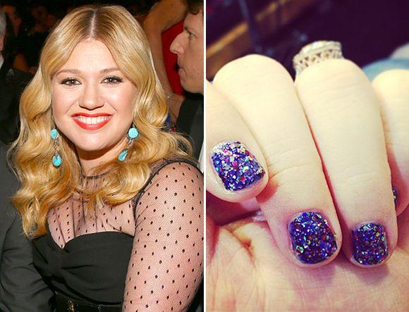 kelly-clarkson-celebrity-nail-art-trends