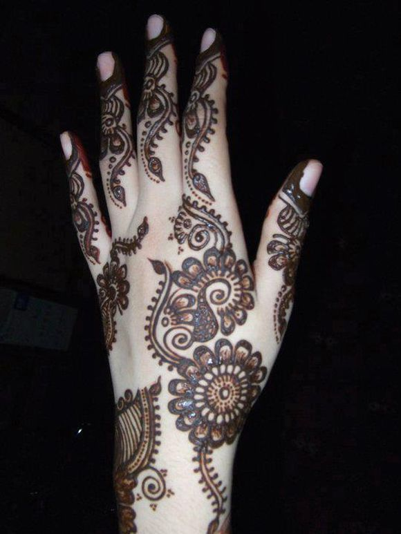 simple-arabic-mehndi-design-1