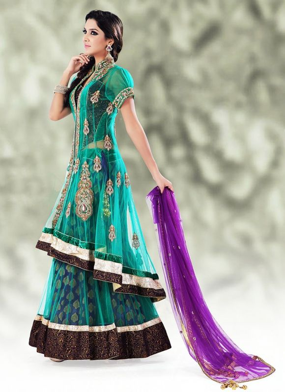 Latest-Indian-Bridal--Lehnga-Choli-Designs-2013-1