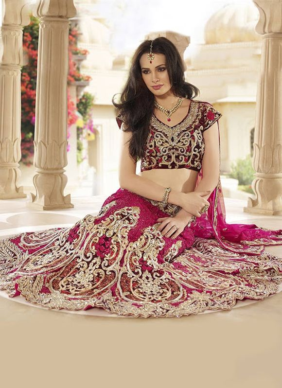 Latest-Indian-Bridal--Lehnga-Choli-Designs-2013-2