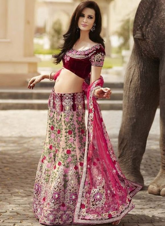 Latest-Indian-Bridal--Lehnga-Choli-Designs-2013