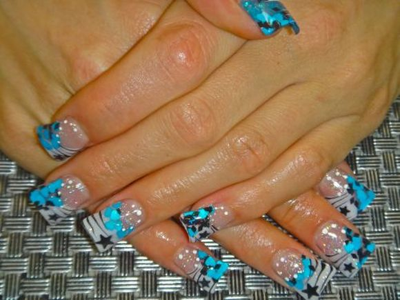Flaer-french-nail-art